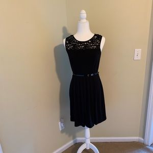 Cynthia Rowley gorgeous little black dress Size 6